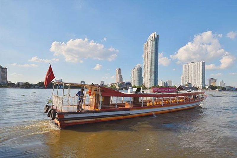 แดดได้อีก Asiatique Asiatiquetheriverfront Bangkok Thailand Freeshutterboat Travel