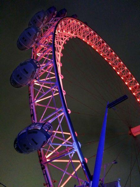 LondonEye Ferris Wheel Low Angle View Outdoors Illuminated Sky Night Architecture Nightphotography London Travel Photography Illuminationphotography Illumunated