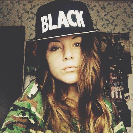 Mc April That's Me Black&white Black Star
