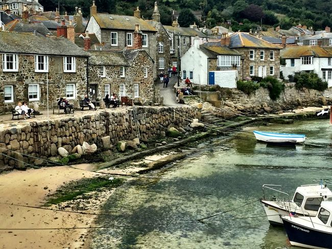 Boats Cornwall Cottages Fishing Village Harbour Tide Village Cornwall Cornish Village