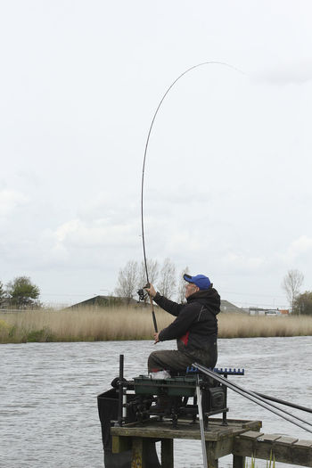 AMER JAWAD BREAM FISHING BREAM FISHING VOORNE CANAL CANAL FISHING IN HOLLAND COARSE FISHING HOLLAND CORASE FISHING EUROPE DUTCH ANGLING FISHING IN HO