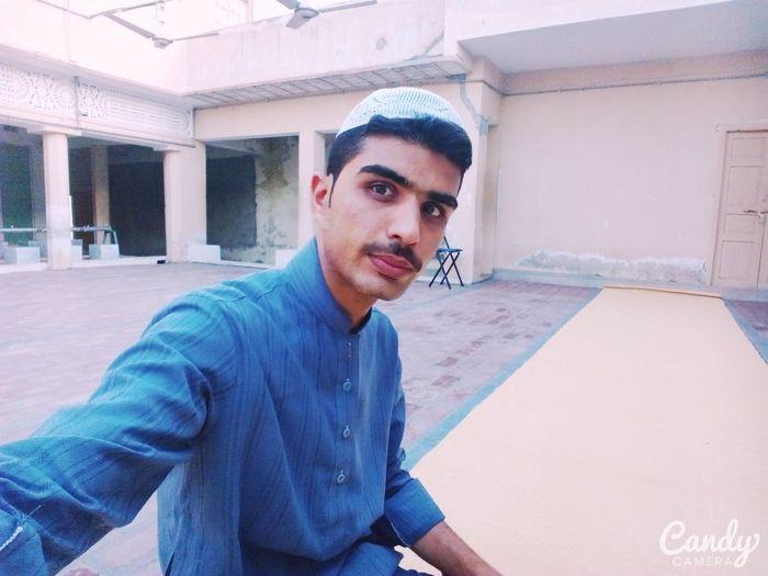 Selfie ✌ MyWorld ♡ Enjoying Life Goodmorning EyeEm  Cute Mypictures TagstagramtagHello World Masjid Taking Photos