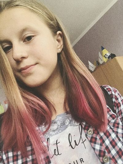 I have pink hair 😁👌 Pink Color New I Portrait Young Women Looking At Camera Close-up