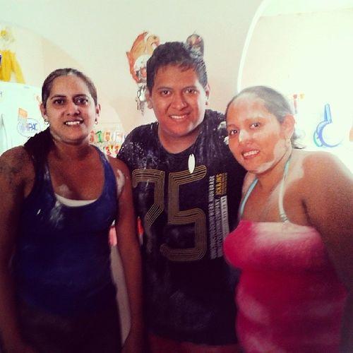 Con mi hermana y mi prima Carnaval Domingo Bielas Diversion