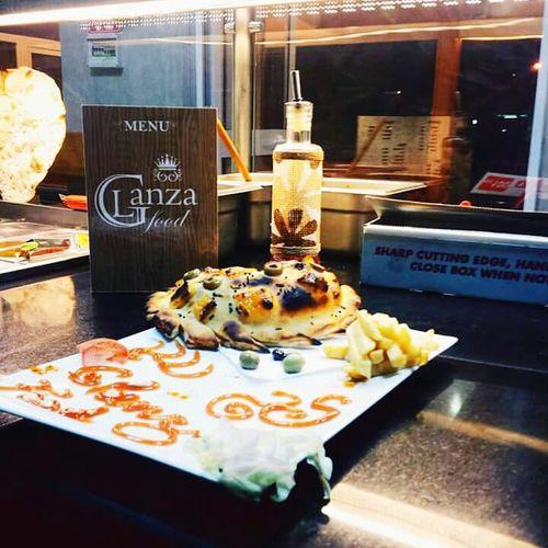 Sandwich Makloub Hello World Snapchat First Eyeem Photo France Sidi Bou Said Taking Photos Enjoying Life Tunisie Working