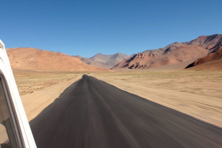 India Ladakh Traveling Travellers Life On The Road The KIOMI Collection Open Road Desert Driving Road Trip
