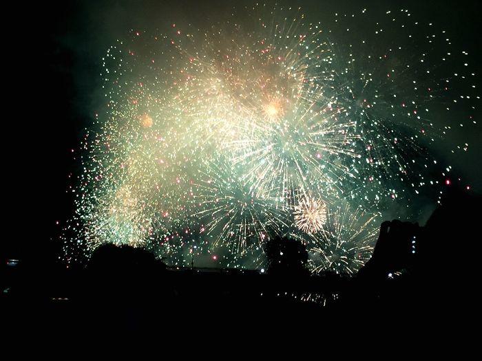 淀川の花火 こっちのほうが 好きかも