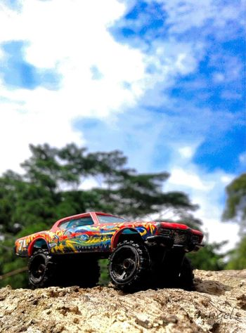 diecast Hotwheelsphotography HotWheels Hotwheelsindonesia Diecastphotography DiecastIndonesia Blue Sky Day No People Off-road Vehicle Outdoors Motorsport Sky