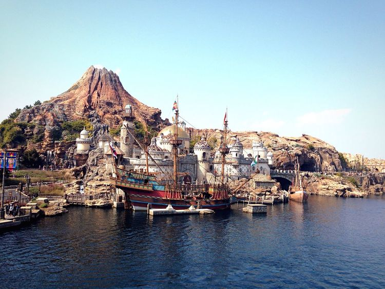 ディズニーシー Disney DisneySea Tokyo Japan Mountain Architecture Sea Sea And Sky Photo Photography EyeEm Gallery Eyeemphotography