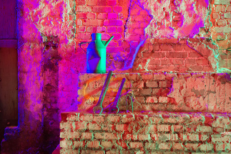 Abandoned Places Brick Wall Extraschicht 2017 Light Lights Red Still Life Photography StillLifePhotography Abandoned Abandoned Buildings Brick Building Cellar Difuse Light Illuminated Illumination Indoors  Old Old Buildings Still Life Tool Tools