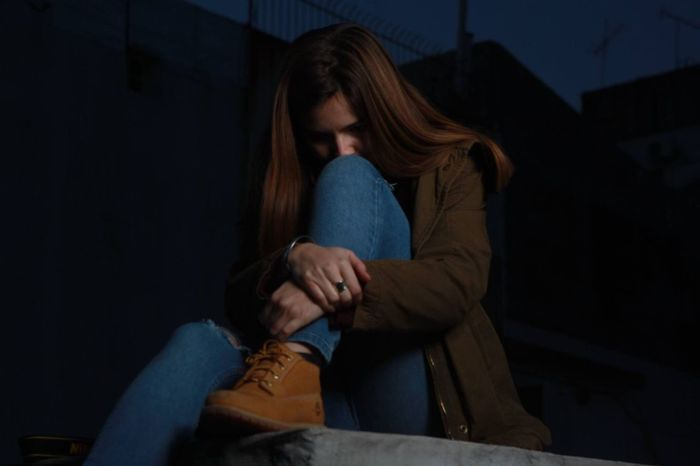 Sadness Depression - Sadness Sitting Young Adult Distraught  Disappointment Worried Teenager One Person Grief Fear Terrified Relationship Difficulties Loneliness Women Adult Girls Young Women People Night The Portraitist - 2017 EyeEm Awards