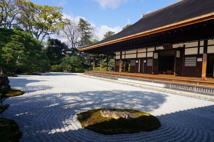 2017 Architecture Building Exterior Built Structure Garden Japan Japanese Culture Kenninji Kenninji Temple Kyoto Religion Sand Sunlight The Oldest Zen Temple In Kyoto Kenninji Zen 京都 建仁寺