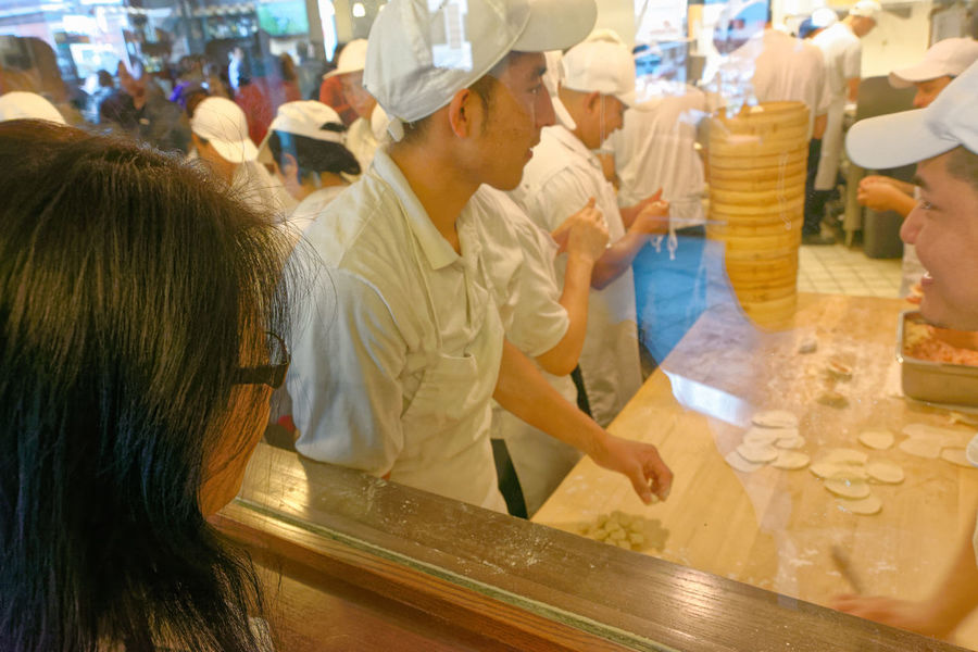 Chinese Food Taiwanese Food Chef Chefs Commercial Kitchen Commercial Kitchens Din Tai Fung Dumpling Skin Dumplings Food Preparation Kitchen Steamed Dumplings