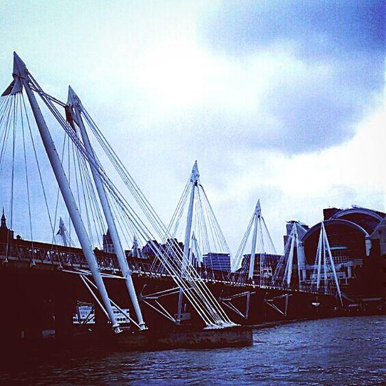 London London_only Gloomyday  Gloomy Tamigi Water Trip Breathe Newstart Throwback