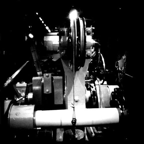 Victorian engines at London BlacKeys SuperGrain Film Victorian Engines No Flash