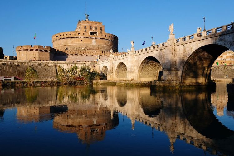 Castel Sant Angelo in Roma Italy. Travel to Europe Historical Saint Angel Travel Tourist Monument Attraction Castle Saint Angel Castle Bridge Europe EyeEm Selects Reflection Water Business Finance And Industry Architecture Outdoors Travel Destinations No People