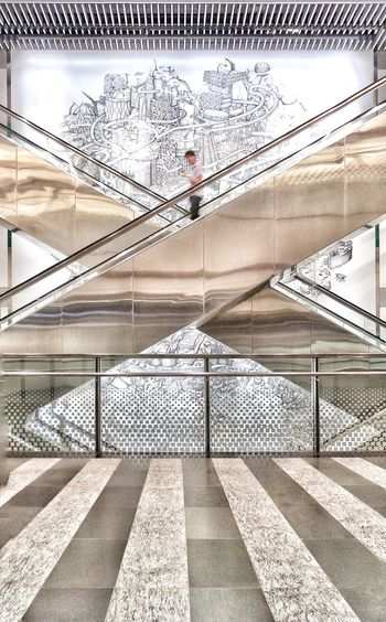 Architecture Escalators Relax Rich X Amazing_captures Middle Perfection Art Doodles Photography Journey Travel Singapore Singaporestreetphotography Singaporearchitecture Transportation Timing Timingshot Magazineshooting Magazines Soul First Eyeem Photo