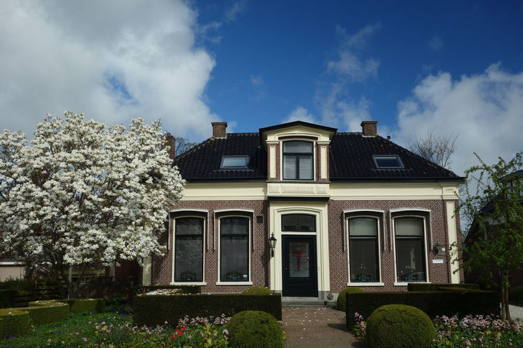 Architecture Cloud - Sky Sky Building Exterior Built Structure Outdoors No People Day Tree Taking Photos Getting Inspired From My Point Of View Eye4photography  Exceptional Photographs Light And Shadow Het Bildt Friesland Netherlands Holland Postcode Postcards