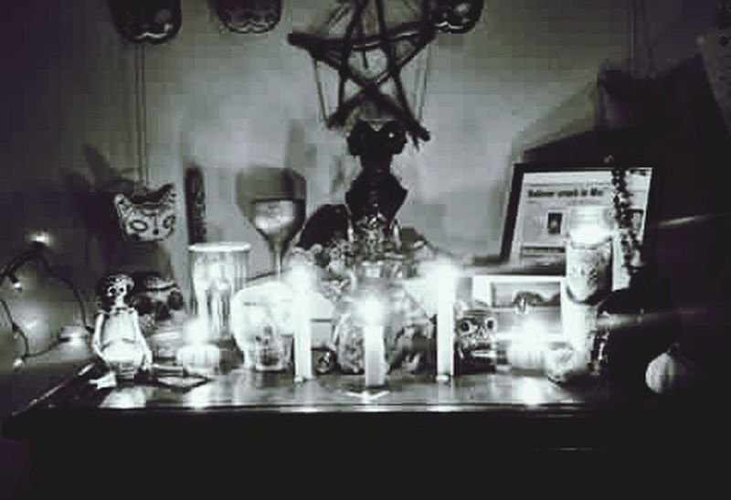 Samhain 😔 Samhain Calendario Ritual Ritual Items Witchywoman Witchstones Stones & Water Crystal Crystal Ball Incense Incienso  Pureza Pureza Espiritual Espiritual Espiritualidad Myreligion Mythoughts Celtic Druids Wiccan Altar Myhome