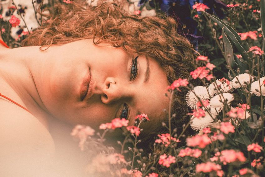 Flower Nature Petal Outdoors Close-up Girl Beauty Model Photo Of The Day Photographer Outdoor Photography EyeEmNewHere Springtime Photoshoot Photography Photoart Portrait Photoshop Nature Plant One Person Young Adult Young Women
