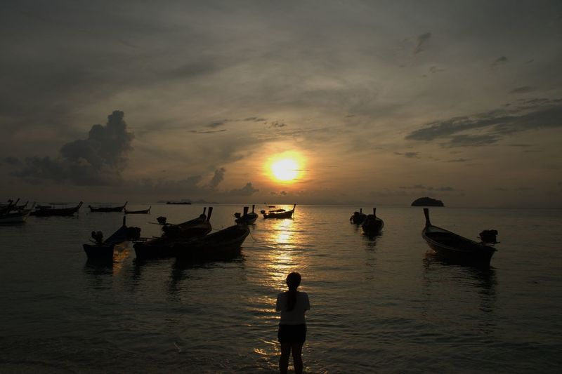 Boats Boats And Clouds Clouds And Sky Outdoors Sea Sea And Sky Sea View Sun Sunrise