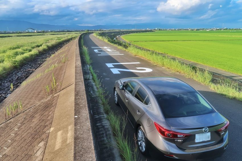 海岸 土手 海 川 空 クルマ 道路 マツダ アクセラ Mazda Mazda 3 Car Blue Transportation Landscape Sky Cloud - Sky Road Rural Scene Nature Day EyeEm Sea Grass 自然