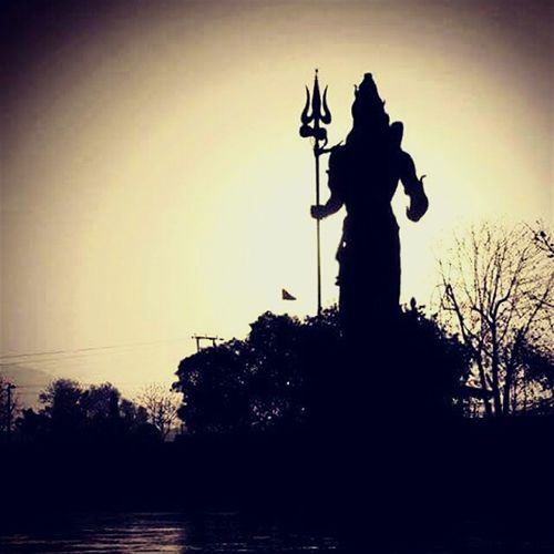 This amazing picture given by someone so special to me. Pure relation that i name it Shiva's love.. Hello World First Eyeem Photo