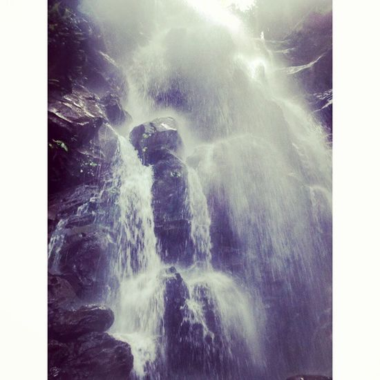 That moment when you are just under the falls 😍 Instasize Waterfalls Shiver Throwback Fundays Missem Hakunamatata Feel