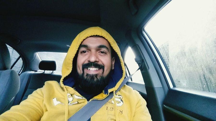A lavar mi coche CarWashTime Carwash Smiling Yellowjacket