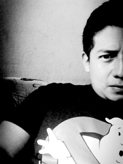 Taking Photos Badboy Style ✌ Happy :) Hardstyle Black & White Suspenso