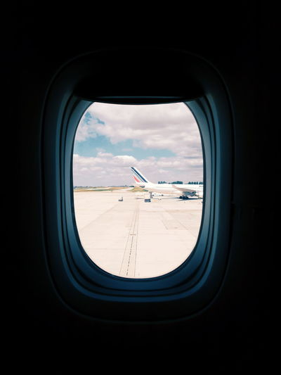 secret window #EyeEmNewHere #EyeEmSelects #photography #sunnyday #Nature  #beautiful #love #Adventure #EyeEm #travel #Airport Airplane Flying Window Car Sky Landscape Side-view Mirror Air Vehicle Airport Runway The Traveler - 2018 EyeEm Awards The Creative - 2018 EyeEm Awards EyeEmNewHere