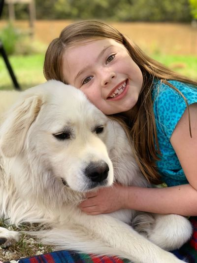 Pure love Samriever EyeEm Selects Pets Mammal Domestic Domestic Animals Canine Dog One Animal Smiling Vertebrate Portrait Happiness Leisure Activity Young Adult One Person Real People Young Women Pet Owner Teenager Hairstyle