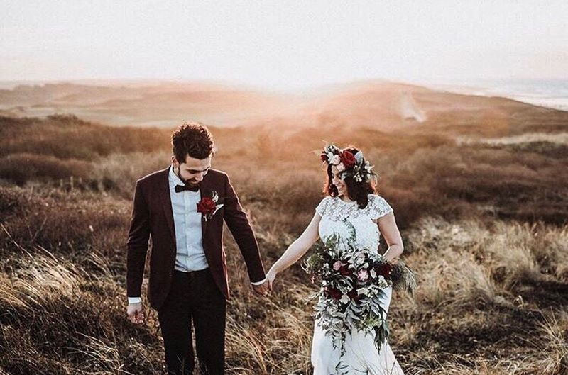 Two People Togetherness Heterosexual Couple Young Adult Young Couple Adult Adults Only Three Quarter Length Standing Young Women People Outdoors Rural Scene Young Men Grass Field Love Couple - Relationship Day Friendship