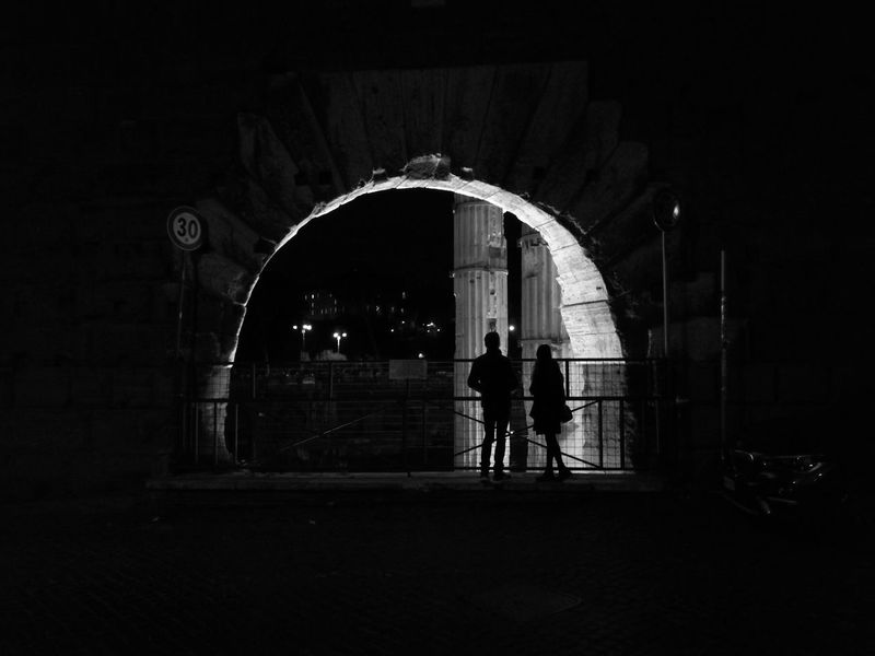 Arch Adults Only Only Men People Night Silhouette Adult Standing Two People Full Length Real People Indoors  Young Adult Black And White Friday Adventures In The City HUAWEI Photo Award: After Dark My Best Travel Photo