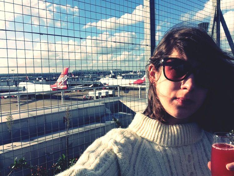 Airport selfie! Virgin Atlantic Heathrow Airport Heathrow London Heathrow Airport Virgin Clubhouse Champagne Airport Airplane Jet Set
