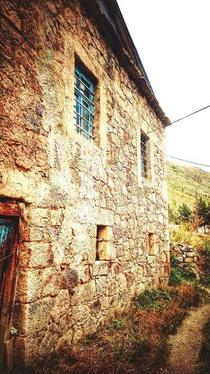 Rockhouse Rock Village Village Life Köy Blue Window Blue Door Kaya Home Mavi Pencere Köyevi Köyhayatı Kapı Yayla Konagi Küçükpencerenerede Gümüşhane yayladere köyü
