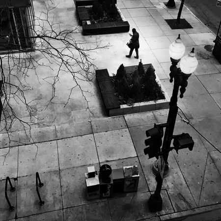 Looking down City Chicago Streetphotography Blackandwhite High Angle View Walking Real People Adult Day Outdoors