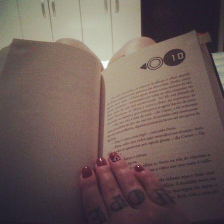 Ler um pouco até o sono chegar JogosVorazes Katniss Peeta Queasorteestejaaseufavor distrito12 queosjogoscomecem