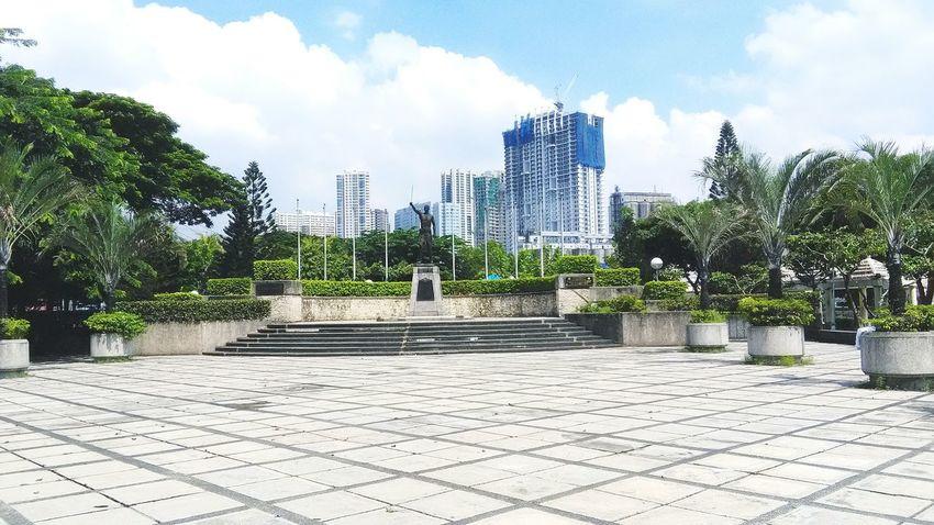 Makati park Building Exterior City Sky Makatipark Manila Philippines Homeland Lovethenature Beginnerphotographer