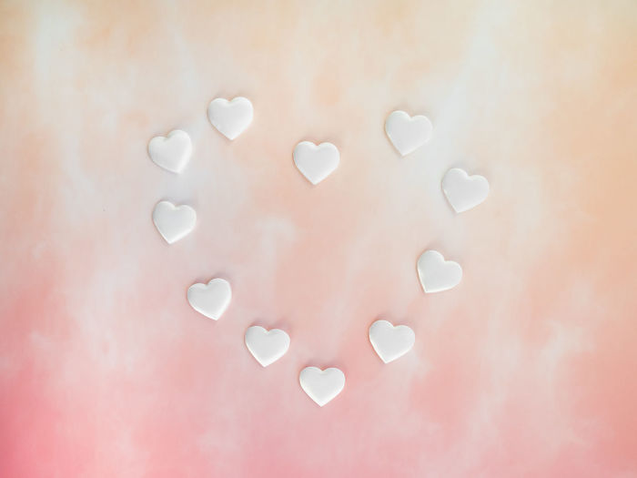 Indoors  No People Close-up Still Life Pink Color White Color Shape Backgrounds Large Group Of Objects High Angle View Directly Above Circle Geometric Shape Full Frame Art And Craft Studio Shot Nature Colored Background Design Hearts Gradient Background Love Wedding Anniversary Valentine