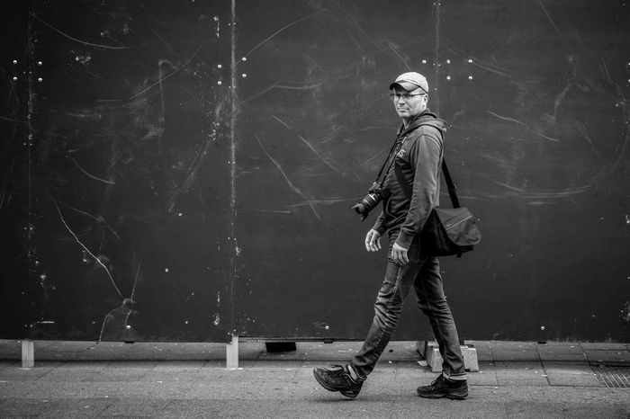 Casual Clothing Person Outdoors Footpath Photographer Photography In Motion Walking Around Taking Pictures Walking Alone... Blackandwhite Photography Black And White Photography Seeking Inspiration Fotograaf