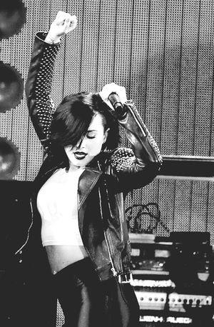 Demi Lovato Hello World Girl Gostosa