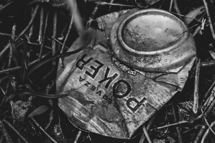 Homicidio calificado en Tibiritá Abandoned Close-up Damaged Metal No People