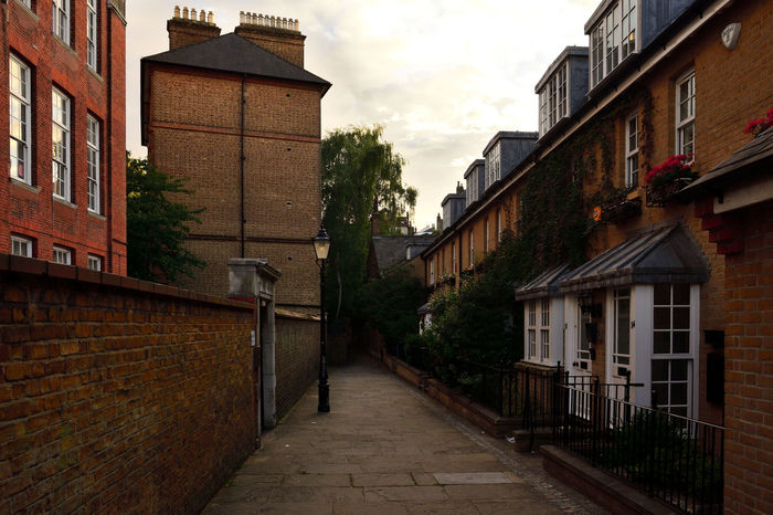 Hampstead  Late Afternoon Architecture Houses And Windows No People North London Traditional Architecture Tranquillity