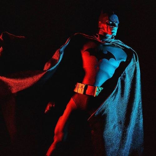 """""""If Clark wanted to, he could use his superspeed and squish me into the cement. But I know how he thinks. Even more than kryptonite, he's got one big weakness. Deep down, Clark's essentially a good person... And deep down, I'M NOT."""" Batmanhush Batman Batmanvsuperman Ata_dreadnoughts ATA_DC Wheretoysdwell_photofeatures Toygroup_alliance Toyz_zone TZ_ATA Hottoys Hottoyscollection Superheroes Dccomics Sideshowfreaks Sideshowcollectibles Onesixthscale Onesixthcollection Onesixthfigure Figurephotography Toyartistry Toypics Toyslagram Toystagram Toyphotography Toycrewbuddies epictoyart toydiscovery toptoyphotos capturedplastic toyunion"""