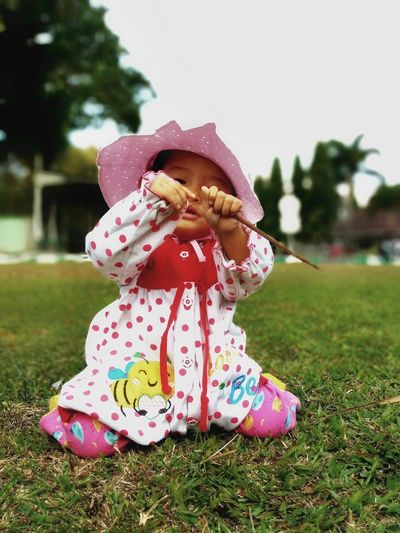 Child Childhood Bubble Wand Girls Pink Color Smiling Playing Happiness Full Length Cheerful Sticking Out Tongue Sun Hat Polka Dot Straw Hat