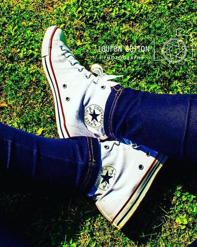 White converse Feet White Converse Converseallstar Chucktaylor Whiteconverse Shoes Trainers Pumps Foot Walk Converseoriginal Schuh Ground Grass Outside Nature Mothernature Northernireland PureNorthernIreland Ireland Basketballshoes Style Fashion Green photography focus