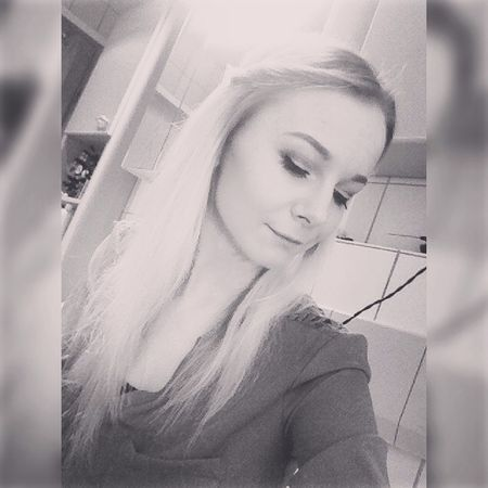 Hanging Out Taking Photos Hello World That's Me Blackandwhite Blondie Blondgirl Selfie ✌ Self Portrait Personal Perspective Quote Qotd Text Beautiful Brokenheart Girl Girly Inlove