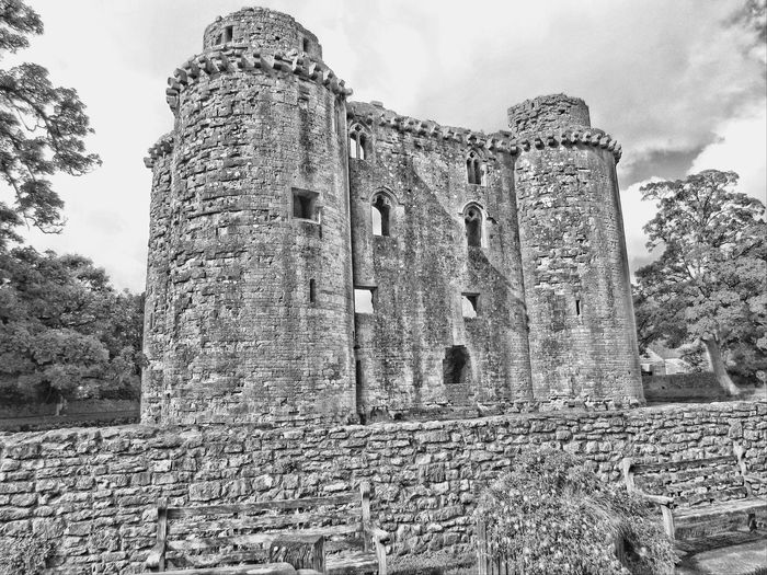 Ancient Civilization History Ancient Sky Outdoors Low Angle View Architecture Black And White Hdr  Building Exterior Architecture Built Structure Castle Walls