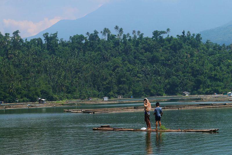 Rafting at the lake Calibato Lake Travel Rafting Canon 70d Everyday Lives Boys The Great Outdoors - 2016 EyeEm Awards